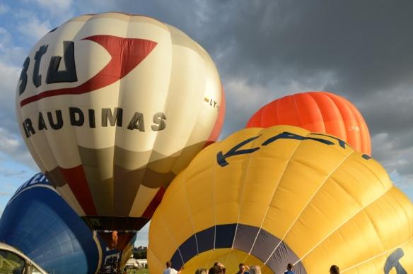 Inflating Ballons