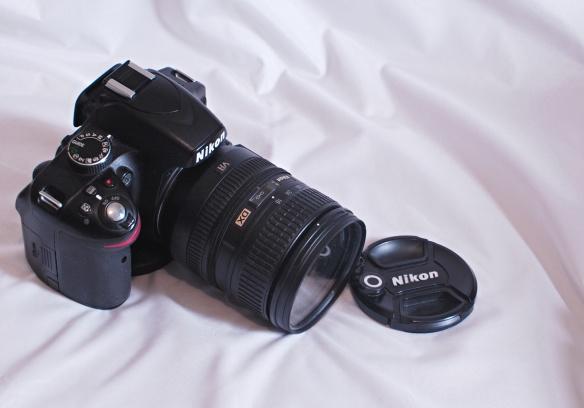 D3200 w/ 16-85mm