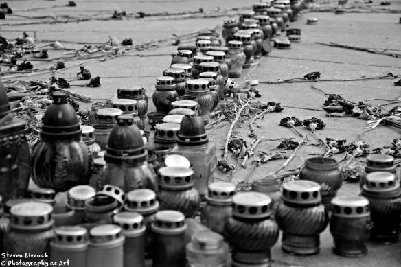 Candles - Maidan 1 BW