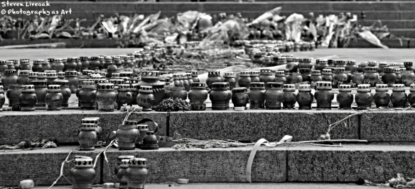 Memorial Candles-Maidan 2 cropped BW